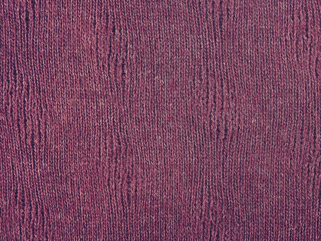 Tintura cocciniglia su maglia di lana