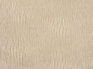 Tintura castagno su maglia di lana
